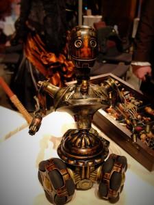 Steampunk Roboter mit Zahnradantrieb