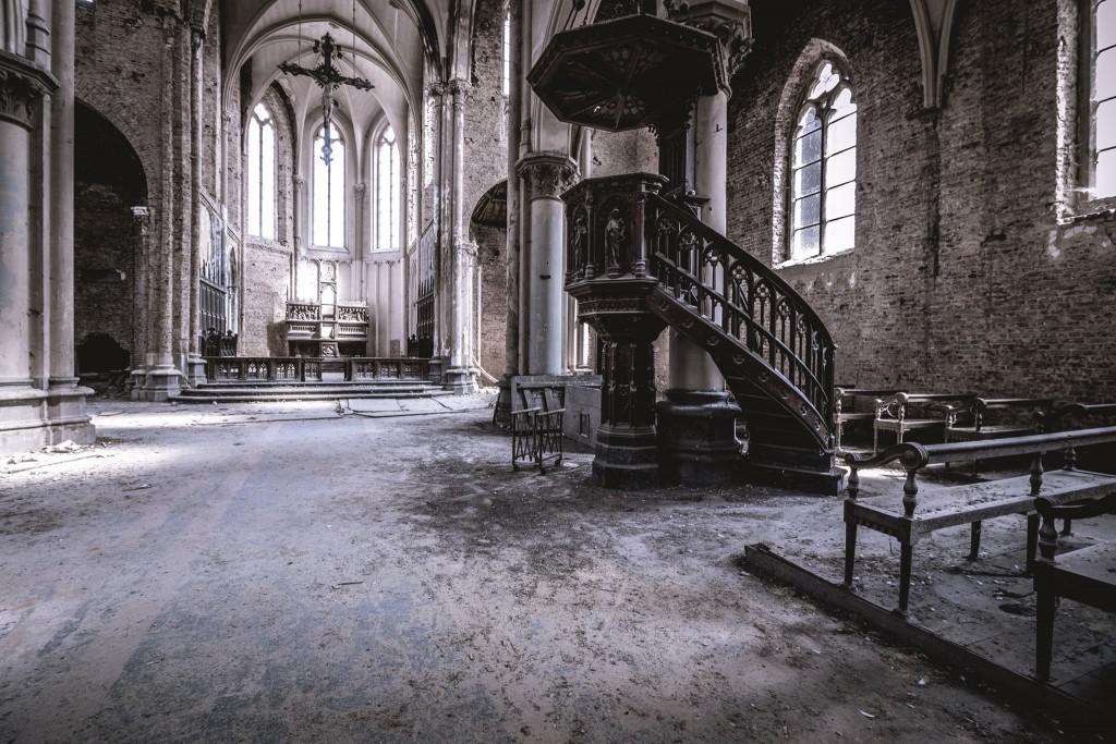 verlassene Kirche urban exploration