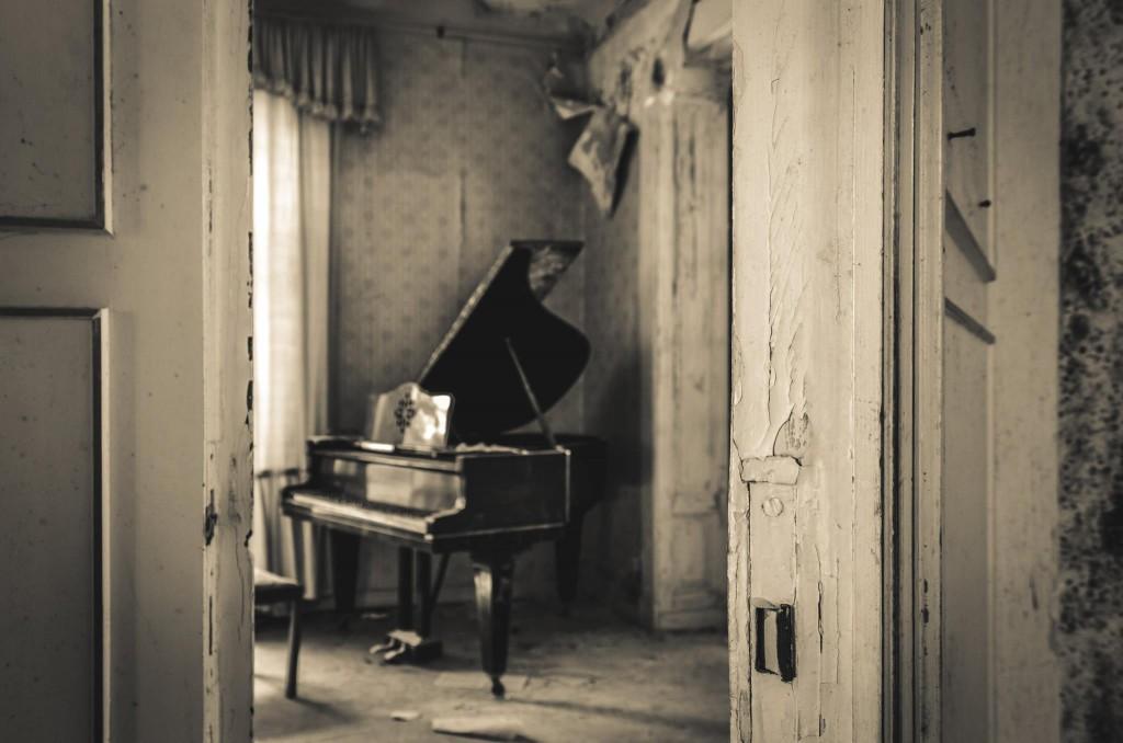 Klavier urban exploration