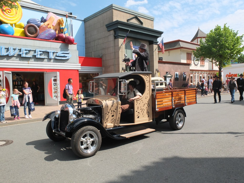 Nostalgisches Auto im Movie Park