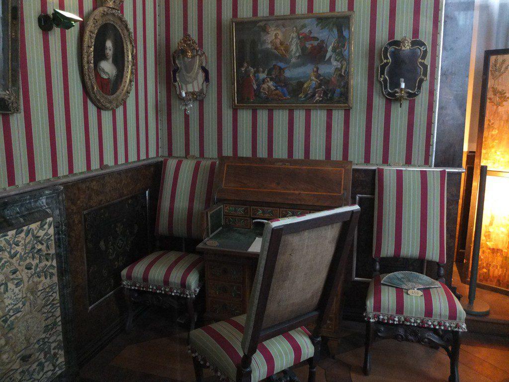 Rosenborg Schreibtisch